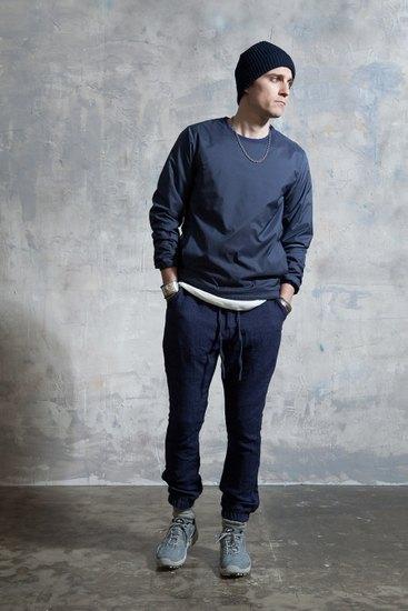 Японская марка Nonnative выпустила лукбук осенней коллекции одежды. Изображение № 7.