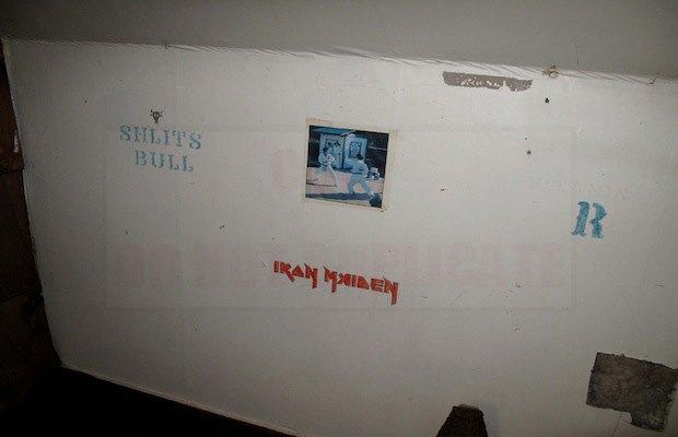 Дом с рисунками Курта Кобейна выставят на продажу. Изображение № 3.