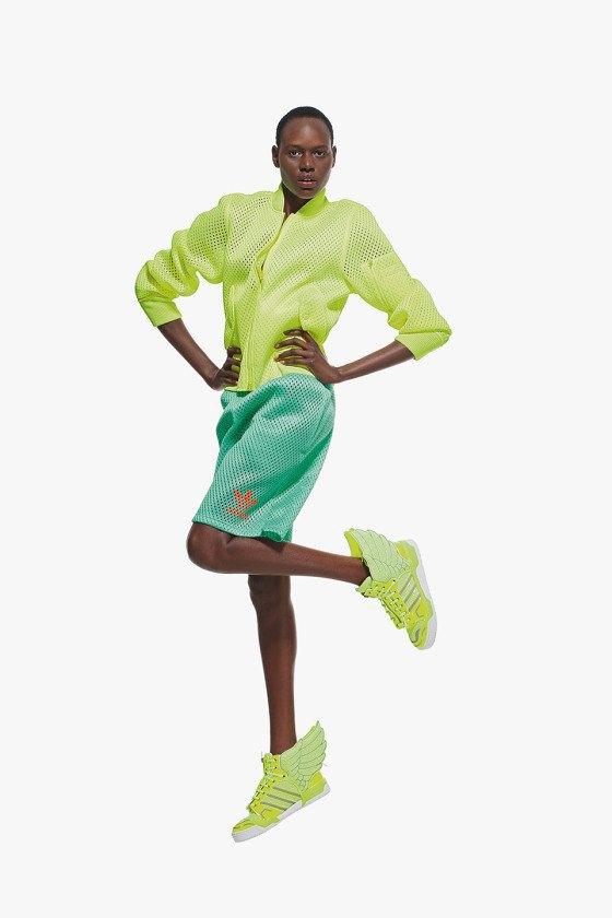 Adidas Originals и Джереми Скотт выпустили лукбук новой коллекции. Изображение № 9.