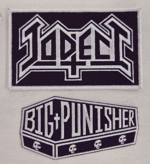 Дизайнер Джеймс Джират выпустил коллекцию рэп-атрибутики в рокерском стиле. Изображение № 4.