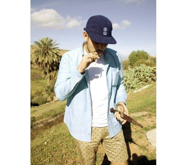 Марка Stussy Deluxe опубликовала лукбук весенней коллекции одежды. Изображение № 1.