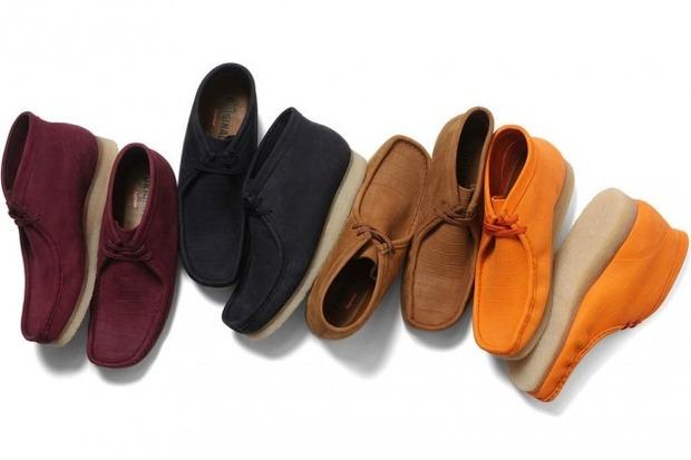 Марки Supreme и Clarks выпустили совместную модель ботинок Wallabee. Изображение № 1.