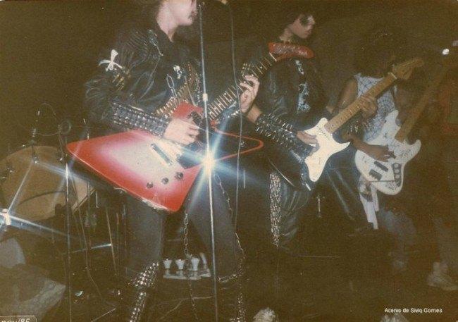 В сети появились архивные фотографии Sepultura. Изображение № 4.