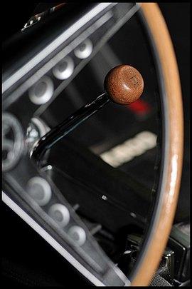 Маслкар Shelby GT500, принадлежавший своему создателю Кэроллу Шелби, выставлен на аукцион. Изображение № 11.