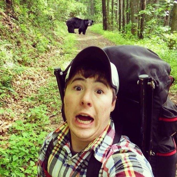 В заповедниках США началась эпидемия селфи с медведями. Изображение № 1.