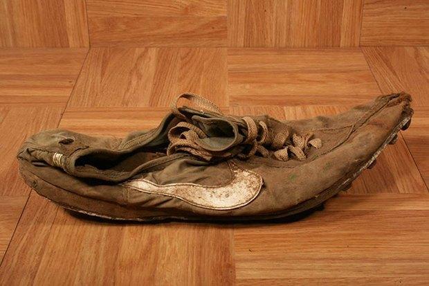 Оригинальный прототип модели кроссовок Nike Waffle продали на аукционе. Изображение № 1.