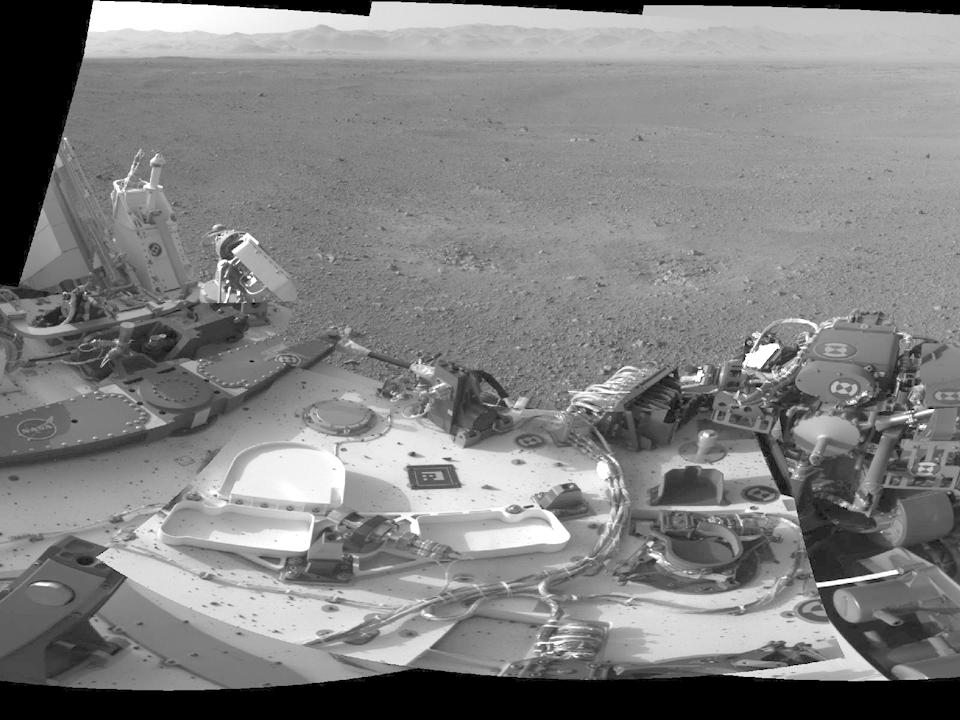 10 фотографий с марсохода Curiosity и поверхности Красной планеты. Изображение № 8.