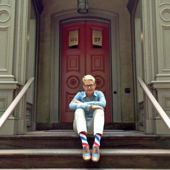 Американцы поздравили бывшего президента цветными носками. Изображение № 11.