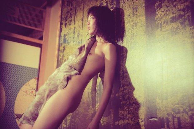 Тим Галло опубликовал эротическую фотосъемку для журнала Treats!. Изображение № 5.