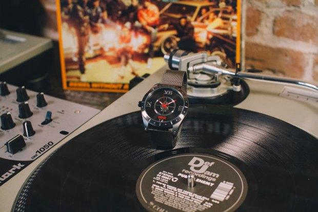 Марка Flud и группа Public Enemy выпустили совместную модель часов. Изображение № 2.