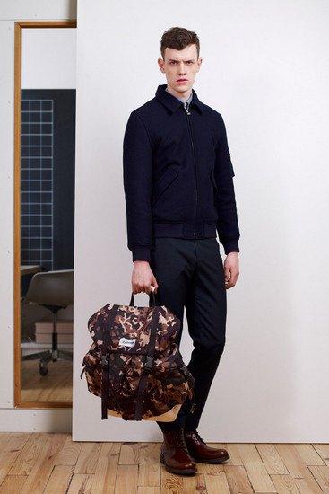 Марка A.P.C. выпустила лукбук осенней коллекции одежды. Изображение № 11.