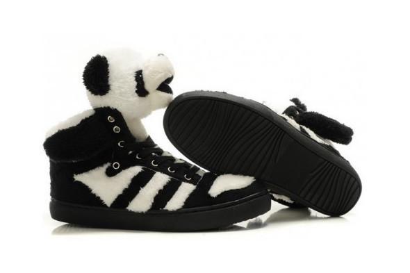 10 самых спорных моделей кроссовок 2011 года. Изображение № 7.