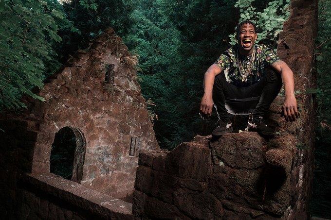 Рэпер Трэвис Скотт снялся в лукбуке марки LRG. Изображение № 6.