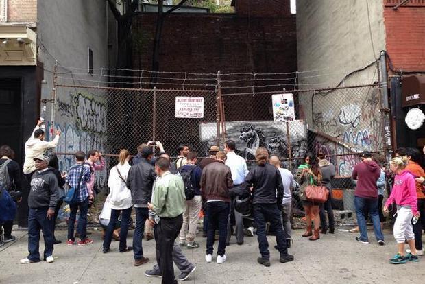 В Нью-Йорке появилась новая работа Бэнкси. Изображение № 5.