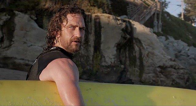 Джерард Батлер сыграет в ремейке фильма «На гребне волны». Изображение № 1.