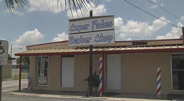 Во Флориде закрыли стриптиз-клуб, замаскированный под парикмахерскую. Изображение № 1.