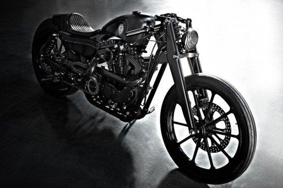 Мастерская  Rough Crafts представила кастомный мотоцикл на базе Harley-Davidson. Изображение № 2.