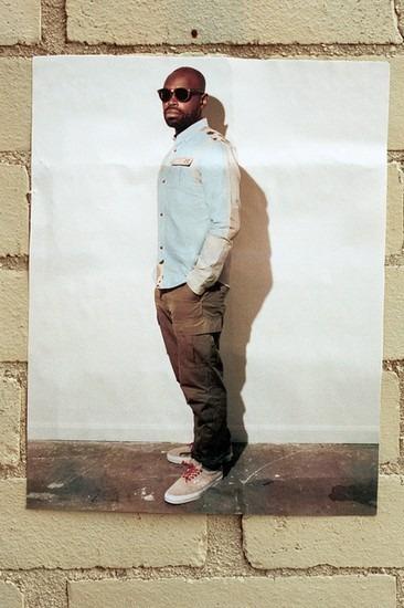 Американский ритейлер Вodega опубликовал лукбук осенней коллекции одежды. Изображение № 8.