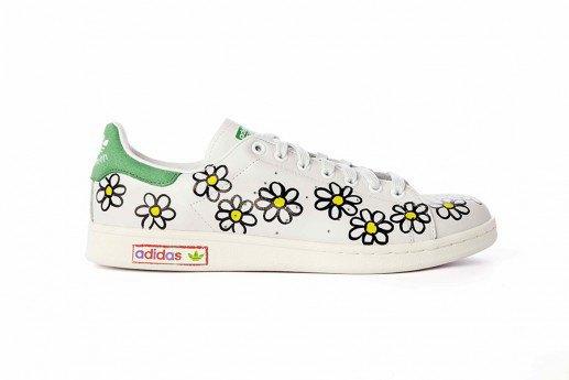 Adidas выпустит коллекцию кроссовок Stan Smith, вручную разрисованных Фарреллом. Изображение № 9.