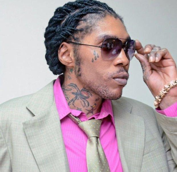 Ямайский музыкант Вайбз Картель получил пожизненный срок за убийство. Изображение № 1.