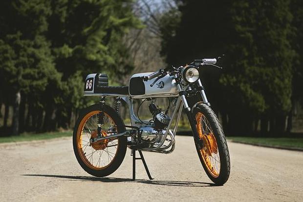 Американская мастерская Analog Motorcycles представила кастомный мотоцикл Riverside Racer. Изображение № 1.