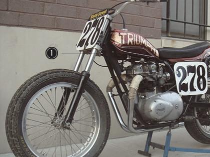 История и особенности мотоциклов для гонок по грязевому овалу —флэт-трекеров. Изображение № 7.