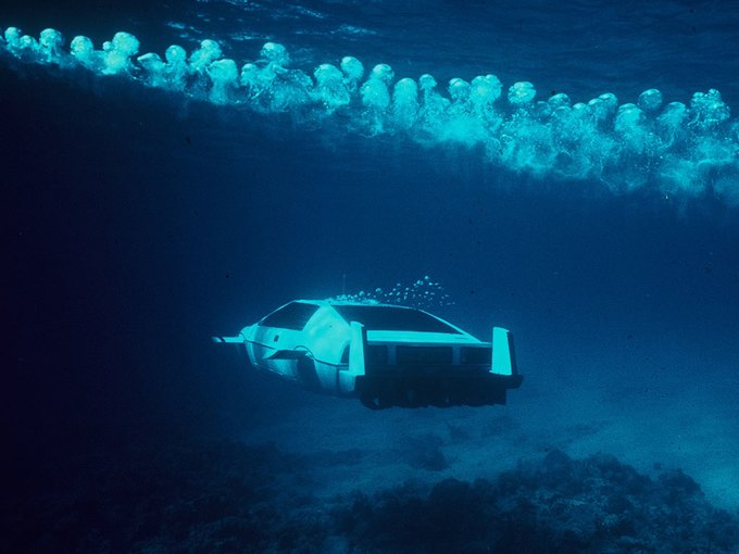 Автомобиль-подлодка Джеймса Бонда выставлен на аукцион. Изображение № 5.