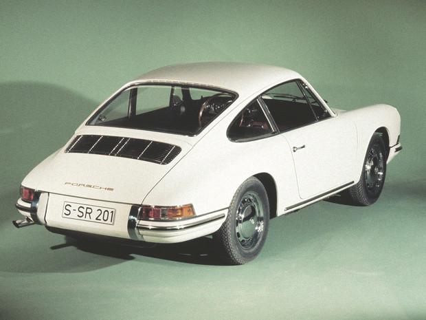 Новый Porsche 911 и эволюция его предшественников. Изображение № 11.