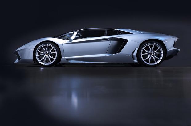 Lamborghini представили новый суперкар Aventador LP700-4 Roadster . Изображение № 7.