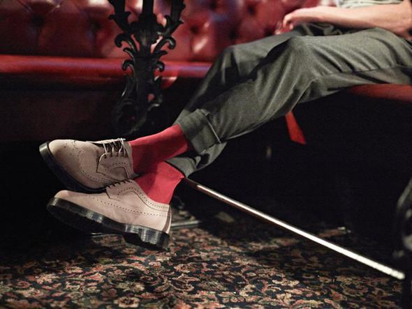 Крутой замес: Новая коллекция ботинок Dr Martens. Изображение № 7.