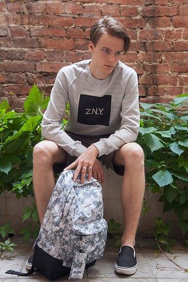 Российско-американская марка Ziq & Yoni выпустила лукбук летней коллекции одежды. Изображение № 9.