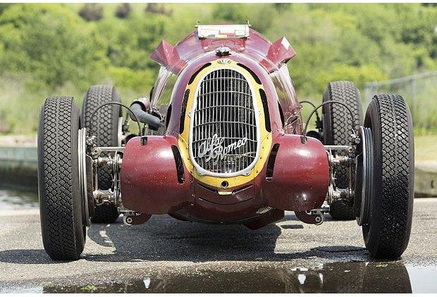 Самую дорогую в истории Alfa Romeo продали на аукционе. Изображение № 1.