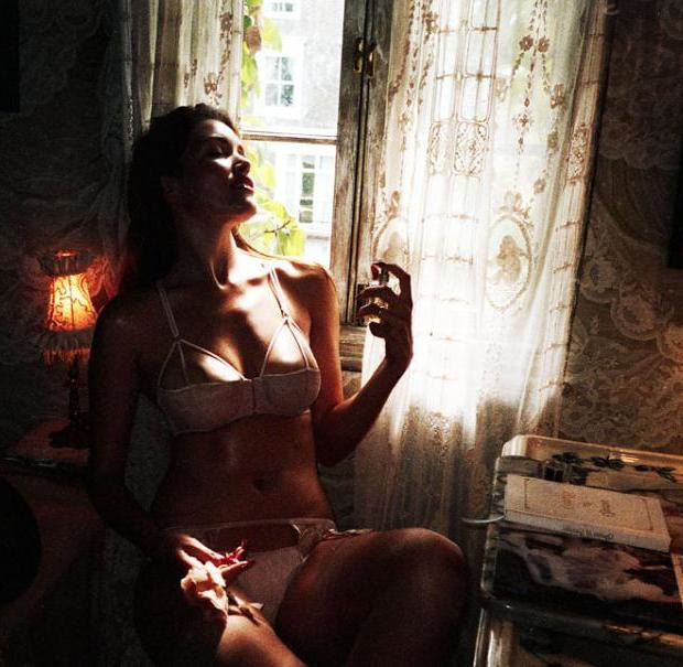 Модель Оливия Гарсон снялась в рекламе нижнего белья Coco De Mer. Изображение № 18.