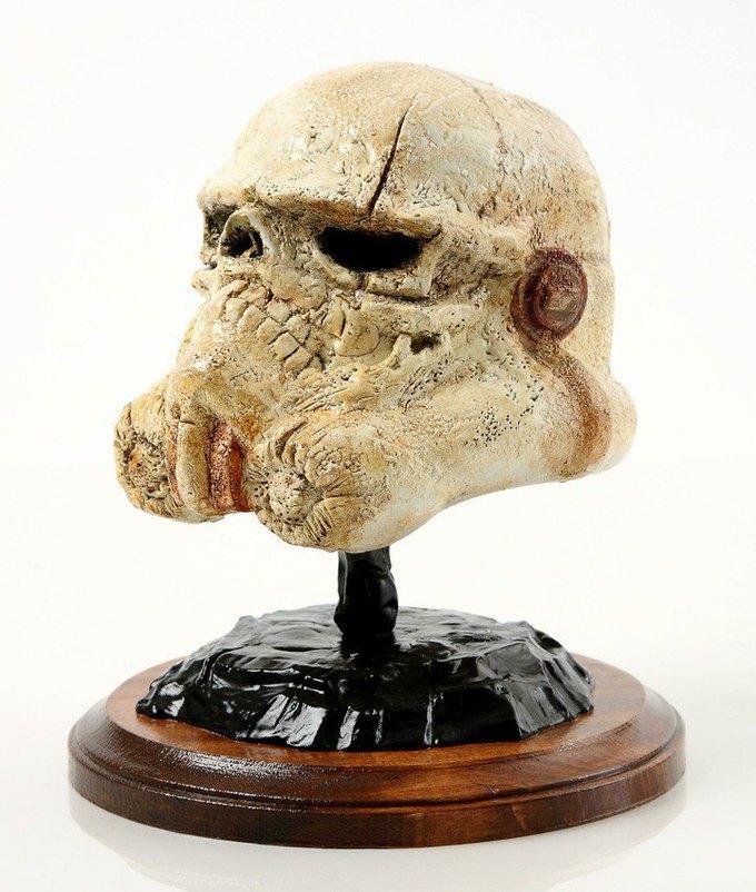 В честь Дня «Звёздных войн» Lucasfilm откроет выставку шлемов штурмовиков. Изображение № 7.