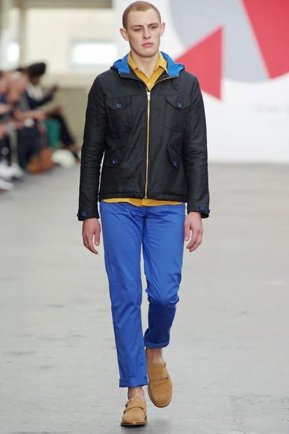 Марка Oliver Spencer выпустила летнюю коллекцию одежды. Изображение № 12.