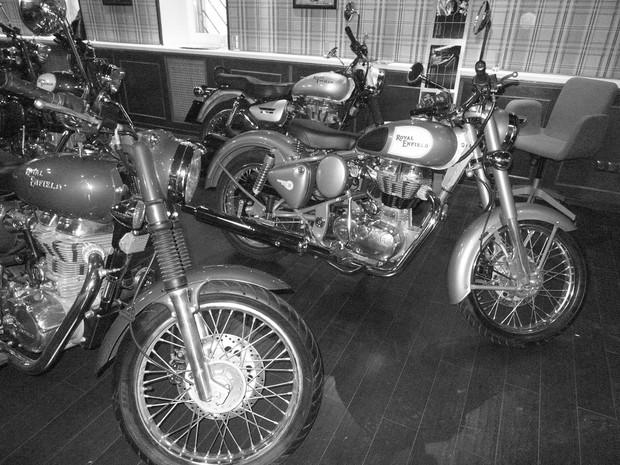 В Москве официально открылся салон мотоциклов Royal Enfield. Изображение № 7.