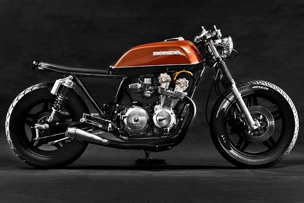 Мастерская Steel Bent Customs выпустила каферейсер на основе Honda CB750 . Изображение № 5.