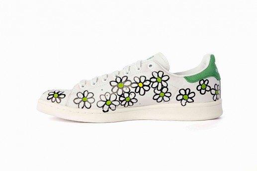 Adidas выпустит коллекцию кроссовок Stan Smith, вручную разрисованных Фарреллом. Изображение № 10.