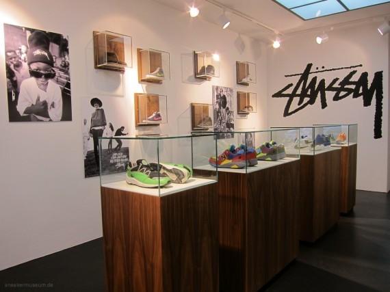 Выставка Stussy в музее кроссовок. Изображение № 2.