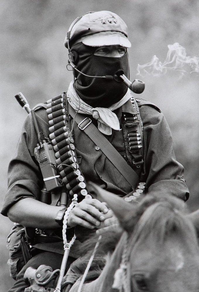 Лидер мексиканских повстанцев Субкоманданте Маркос объявил о своём уходе. Изображение № 1.