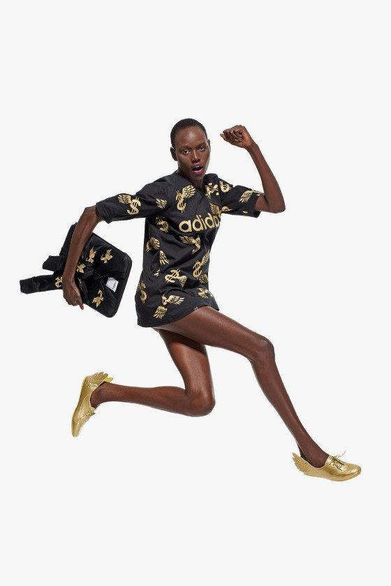 Adidas Originals и Джереми Скотт выпустили лукбук новой коллекции. Изображение № 1.
