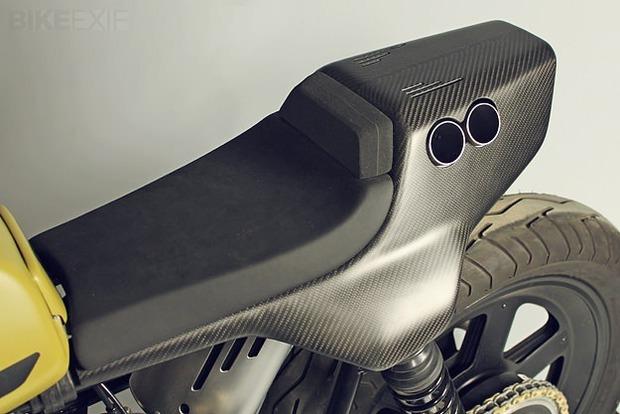 Немецкая мастерская JvB-moto выпустила каферейсер на основе Ducati Pantah. Изображение № 3.