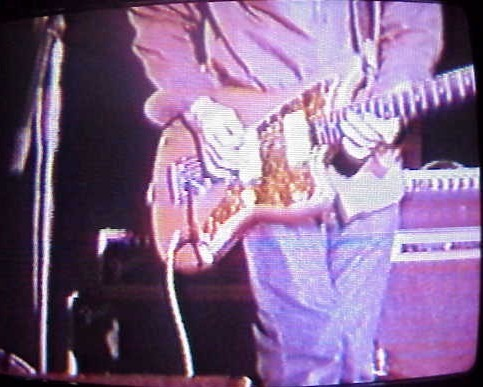 Sonic Youth спустя 13 лет вернули себе украденные гитары. Изображение № 2.