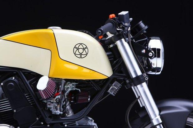 Мастерская Walt Siegl представила новый каферейсер на базе Ducati Monster 900. Изображение № 3.