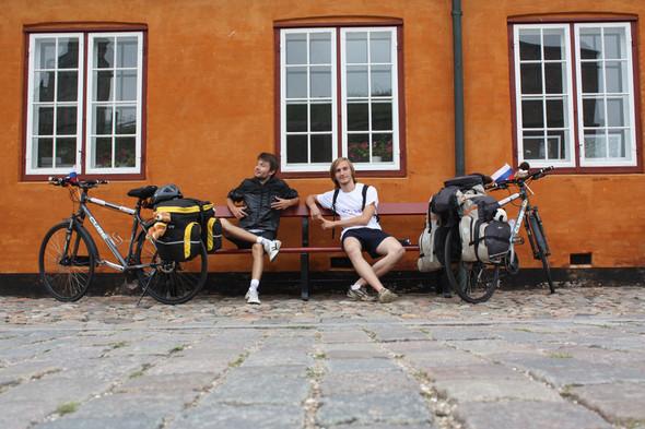 Фильм о путешествии из России в Португалию на велосипедах. Изображение № 9.