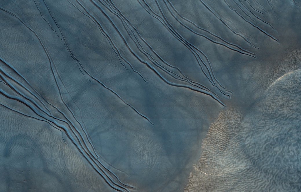 Новые фотографии поверхности Марса, опубликованные агентством NASA. Изображение №9.