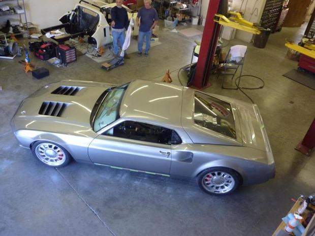 Американская мастерская изготовила гибрид маслкара Ford Mustang Mach 1 и спорткара GT40. Изображение № 6.