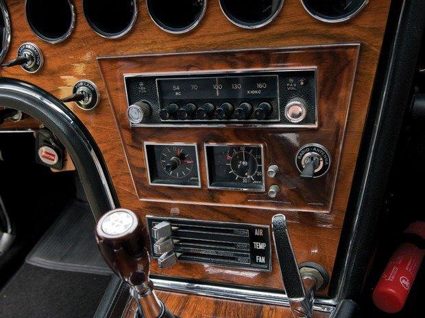 Редкий спорткар Toyota 2000GT 1967 года выставлен на аукцион. Изображение № 11.