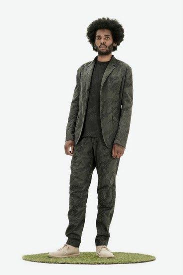 Марка Maharishi опубликовала лукбук весенней коллекции одежды. Изображение № 2.