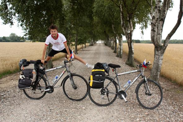 Фильм о путешествии из России в Португалию на велосипедах. Изображение № 15.